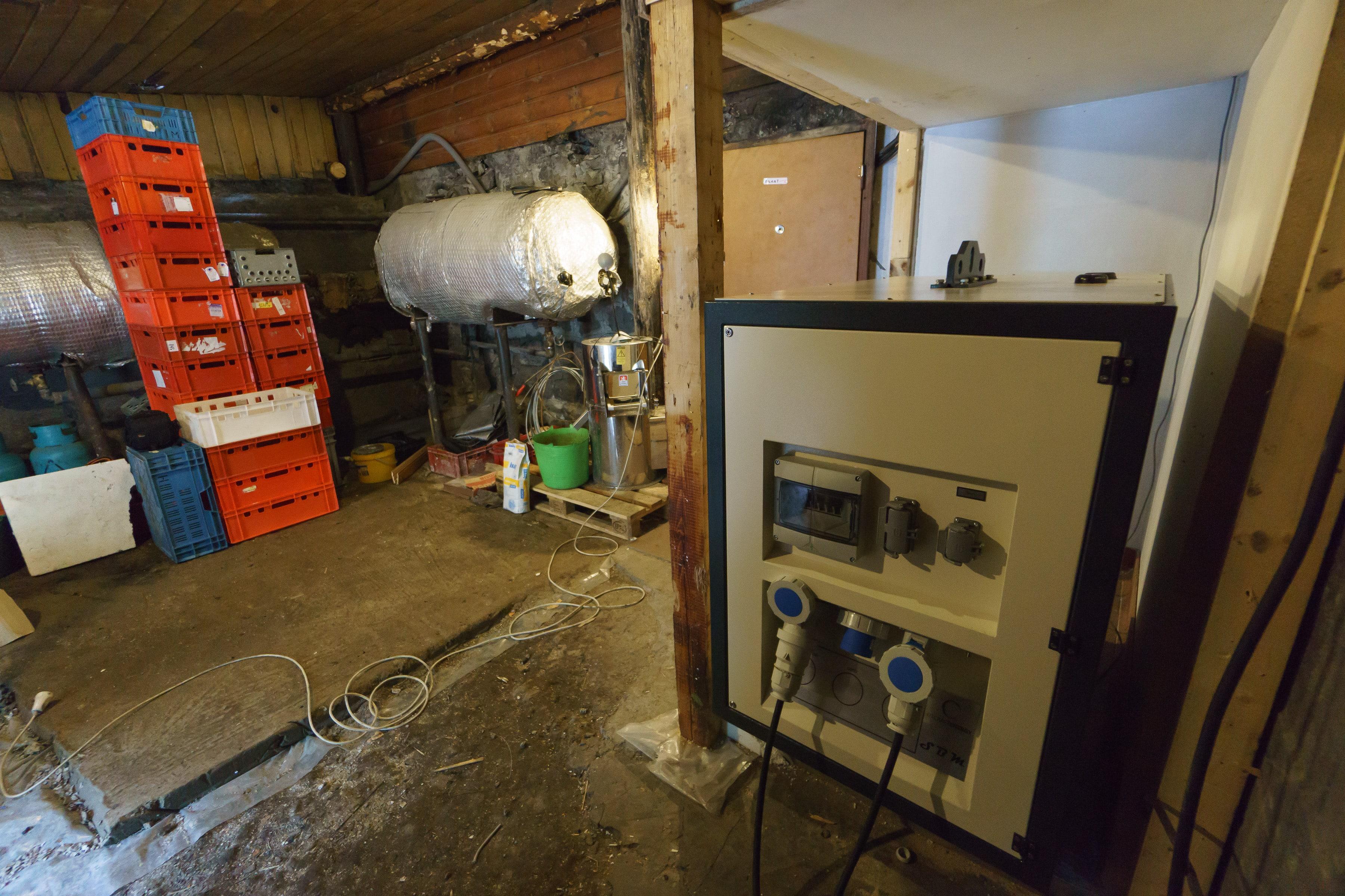 Brnčála instalace SaveBox-M-56-min